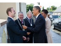 O'Molloy Clan Association member meets Barack Obama